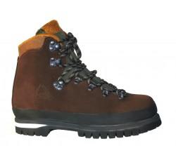 Chaussure de randonnée Newstep, fabriquée exclusivement sur mesure.